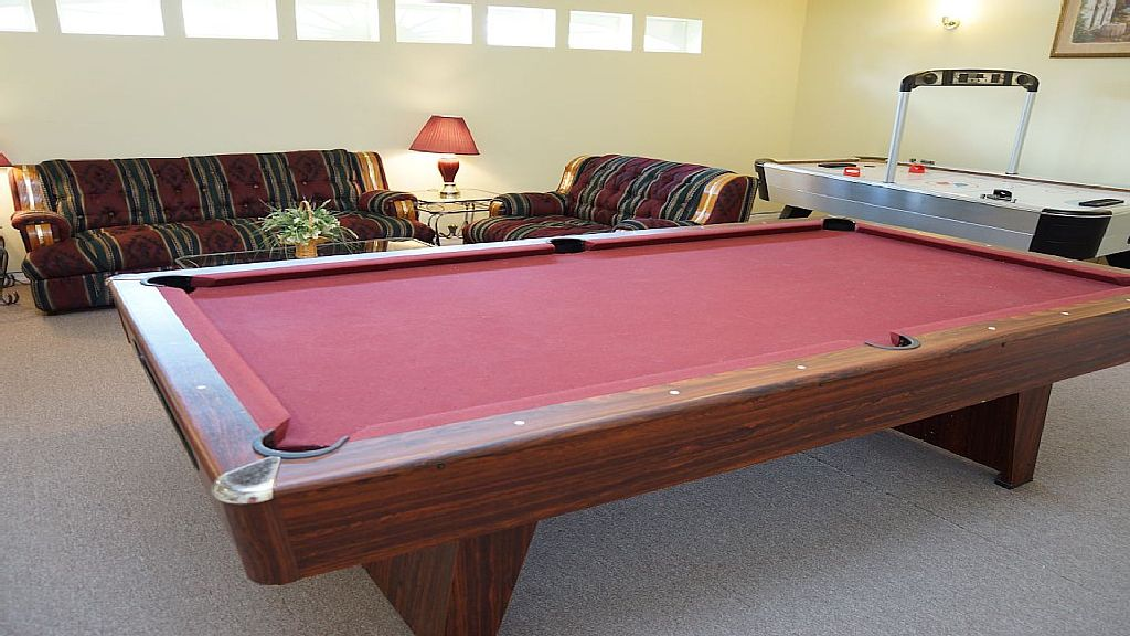 Pool Table / Games Room